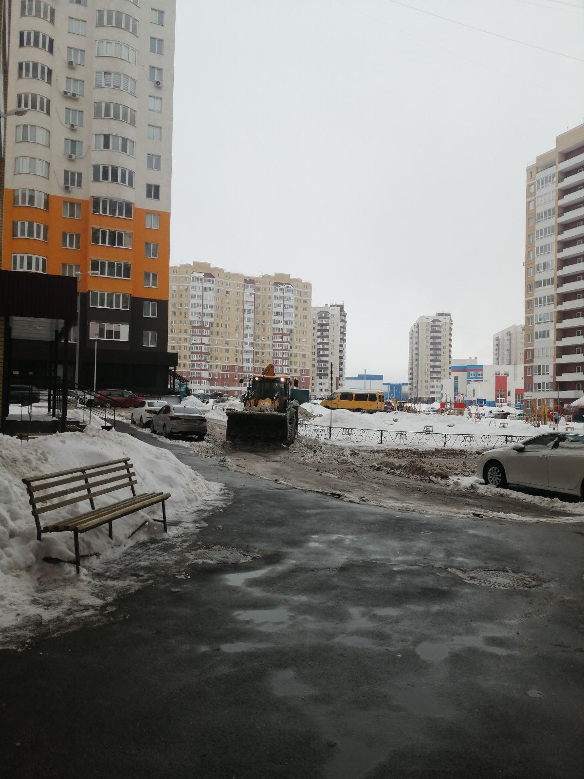 уборка снега 25 01 21 высотная 10 (1)