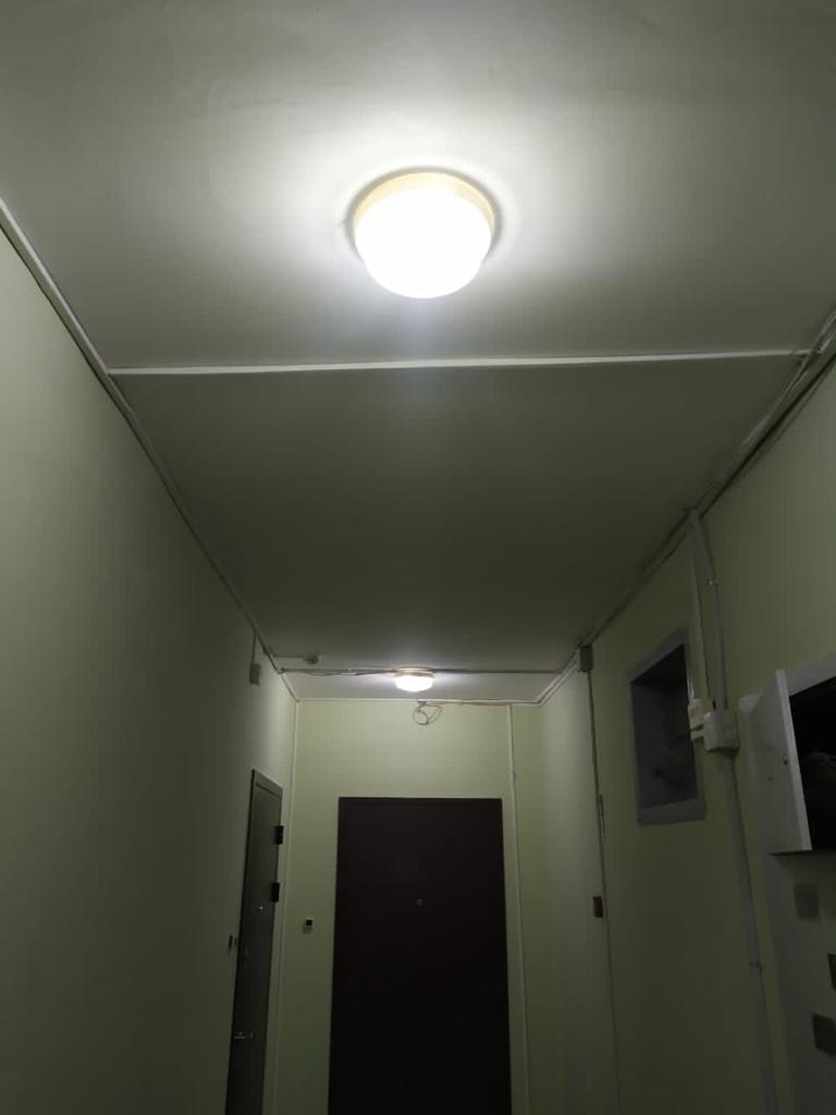 Ведётся замена светильников на Салмышской 47