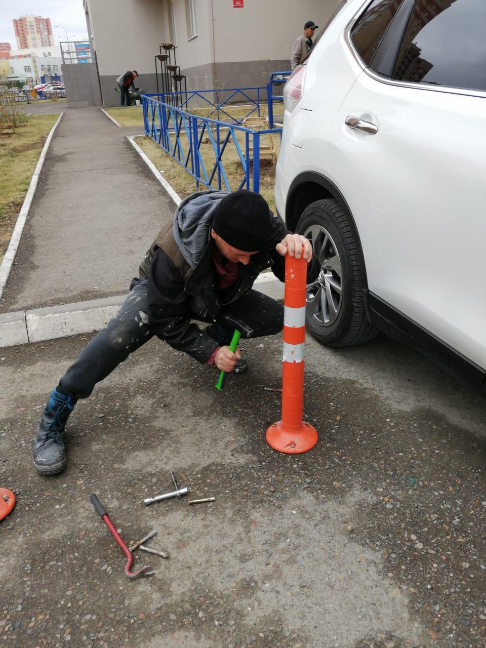 Ремонт ограничительных столбиков пр. Северный 16/1