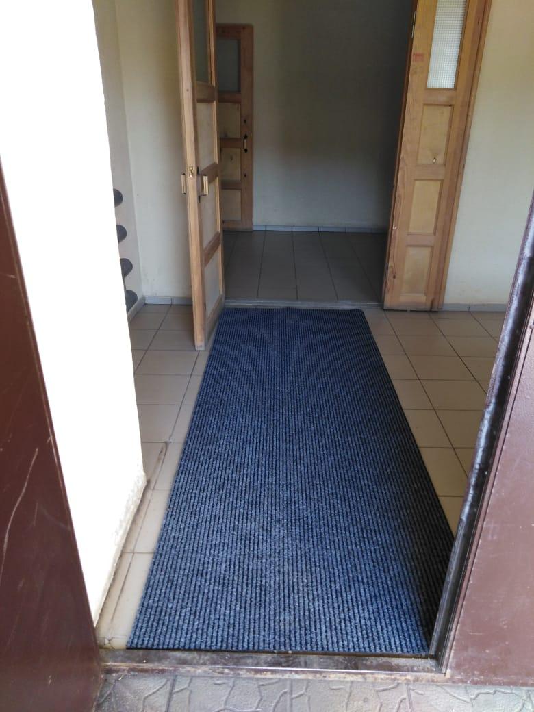 Салмышская 43А замена коврового покрытия